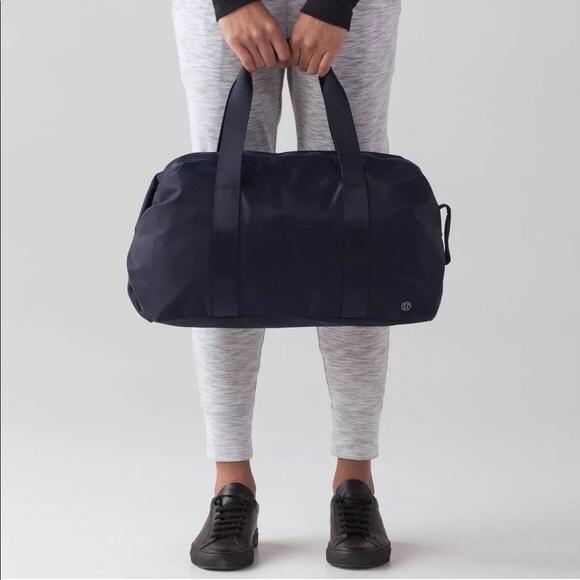 69e845987350 lululemon athletica Handbags - Lululemon Fast Track Duffel Bag Midnight Navy